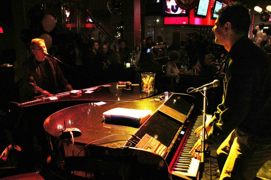 Memphis Dueling Pianos