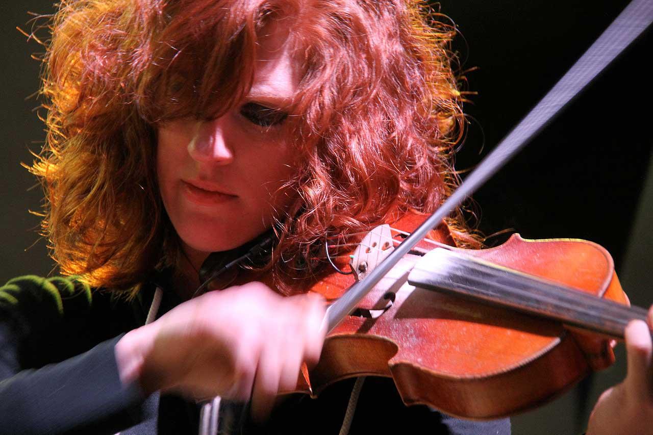 Riggs Entertainment Violinist